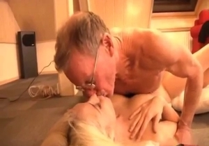 Sexy young daughter bangs with an old dad