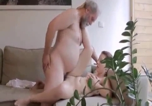 Old dad licks his young daughter shaved pussy